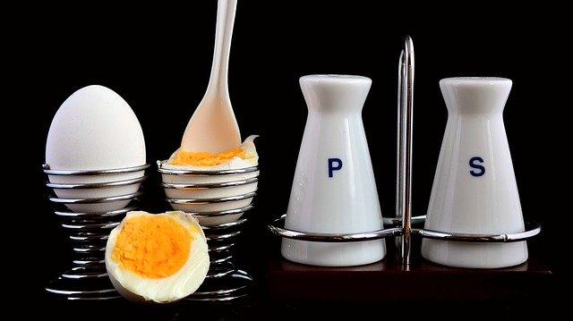 La cuisson des œufs: astuces pour réaliser l'œuf à la coque parfait